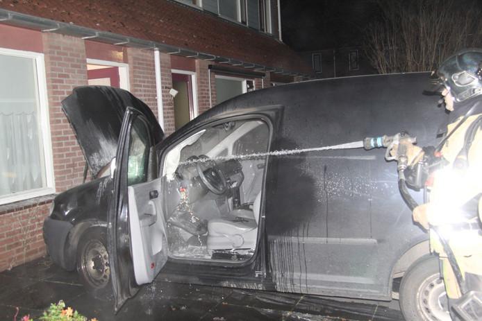 Door snel optreden van de politie was de brand snel onder controle.