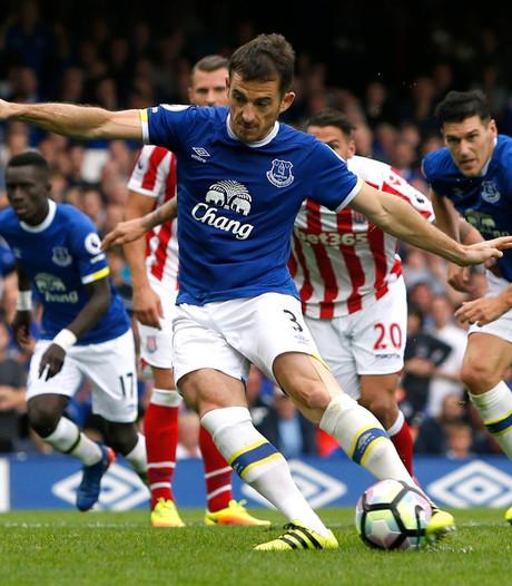 Everton wint van Stoke dankzij eigen doelpunt