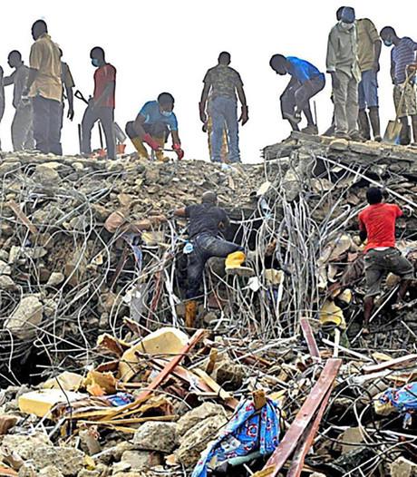 Doden en gewonden na instorten kerk in Nigeria