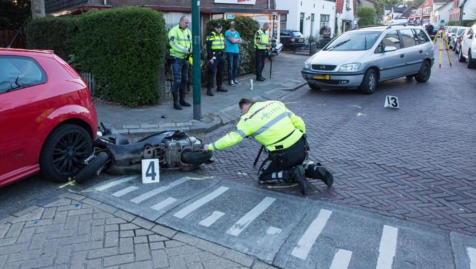 Ook een scooter raakte beschadigd.