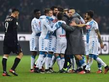 Napoli deelt dreun uit aan Milan in San Siro