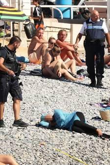 Ophef over strenge controle op badkleding Franse kust