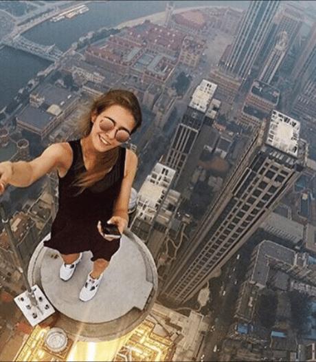 Russin neemt gevaarlijkste selfies ter wereld