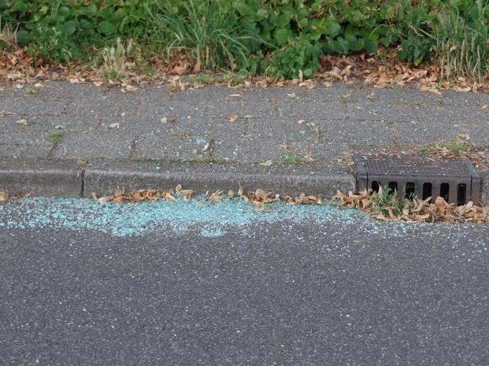Het gesneuvelde glas als stille getuige van een arrestatie in Groesbeek.