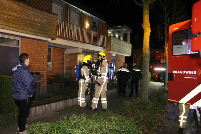 In een woning aan de Veenhof in Wijchen ontstond brand bij een gordijn.