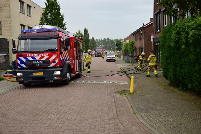 Meerdere brandweerkorpsen kwamen ter plaatse.