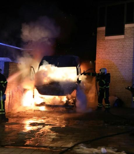 Jongen gewond bij poging redden oma van brand