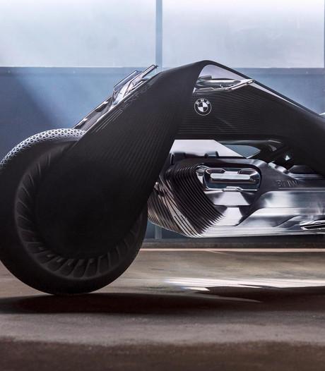 BMW presenteert zelfrijdende en zelfbalancerende motor
