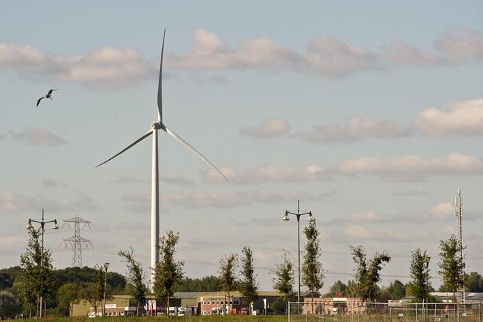 Windmolen in de Waalsprong aan de Griftdijk bij Lent.