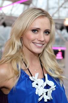 Yfke terug op Nederlandse buis, Barbie is niet bruin genoeg