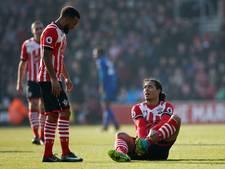 VIDEO: Captain Van Dijk valt uit bij winnend Southampton