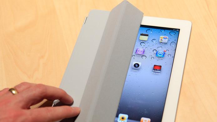 Een iPad met een 'smart cover'.