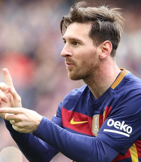 Messi met Barcelona mee naar Engeland