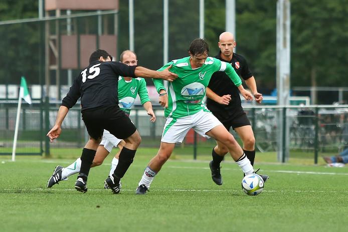 GVC-speler Carlo Leonardi in actie.
