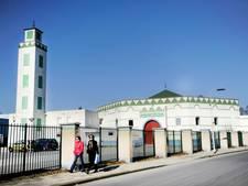 Rechtbank: Gooien brandbommen naar moskee is aanslag