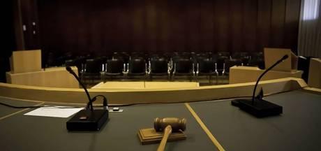 Doesburger verdacht van ontucht met dochter en 1-jarig meisje