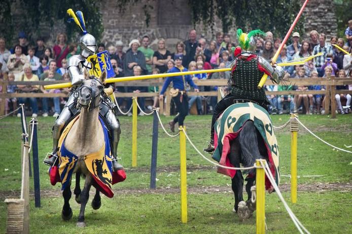 Beeld van het jaarlijkse festival rond de Gebroeders van Limburg in Nijmegen.