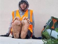 Klimaatactivist die op blote voeten door VS wandelde doodgereden