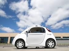 Zelfrijdende auto's van Google al 80 keer de wereld rond