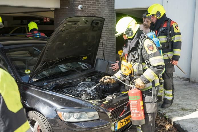 De autobrand kon snel worden geblust.