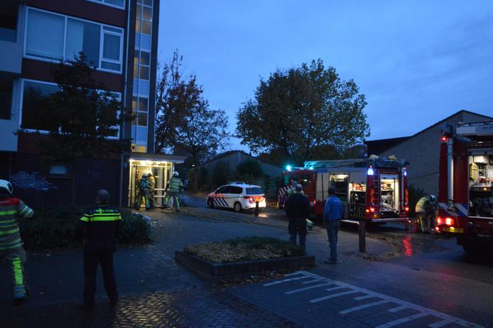 De man raakte door de explosie ernstig gewond.