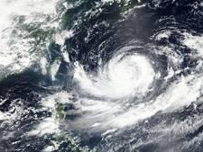 Japan zet zich schrap voor krachtige tyfoon