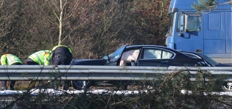 Files op A50 na ongeluk met meerdere voertuigen