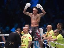 Nieky Holzken prolongeert wereldtitel kickboksen