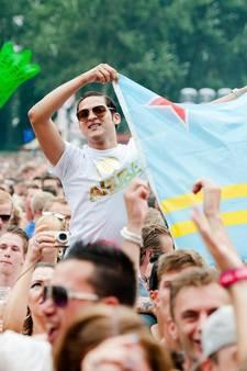Drukte, warmte en water op festivals