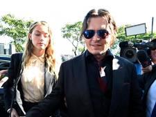 Depp vertraagt scheiding volgens Heard