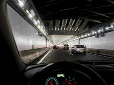Heropende Velsertunnel na uur alweer dicht door storing