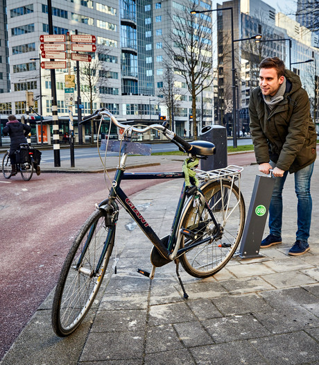 Rotterdam plaatst gratis openbare fietspompen langs drukke routes