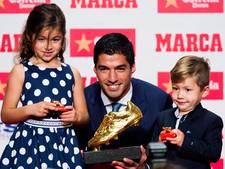 Suárez neemt Gouden Schoen in ontvangst