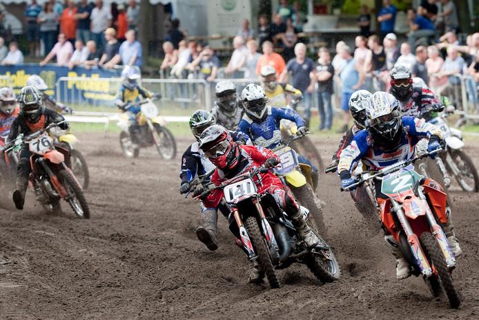 Race op het Winterswijkse circuit van 2011. Jan van den Brink