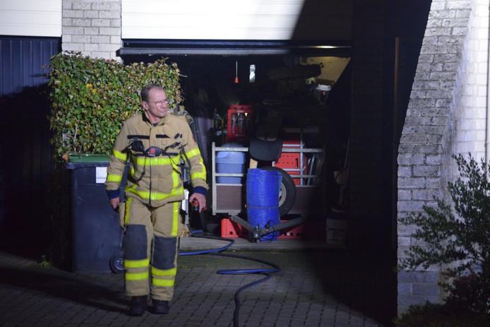 Bewoners konden de brand snel blussen, waarna de brandweer een nacontrole deed.