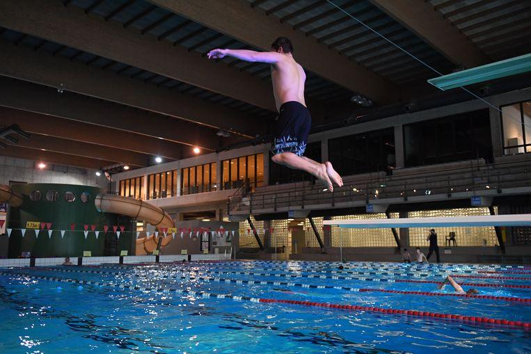 Zowel recreatief zwemmen als baantjes zwemmen is vanaf 1 juli weer mogelijk in Sportoase.