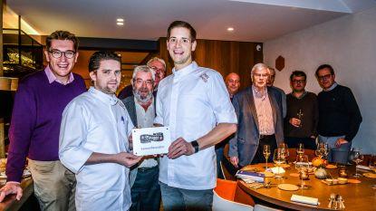 Restaurant Franco Belge krijgt ereplaket als ambassadeur van de Brugse kaas