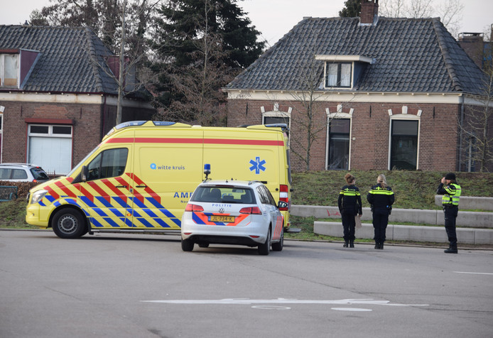 De politie heeft vandaag rond 16.50 uur melding gemaakt van een steekpartij in het Amphionpark nabij de Aldi-supermarkt in Doetinchem.