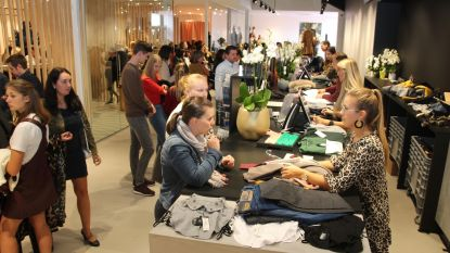 Stormloop tijdens openingsweekend gloednieuwe Bobo en Intro-fashion