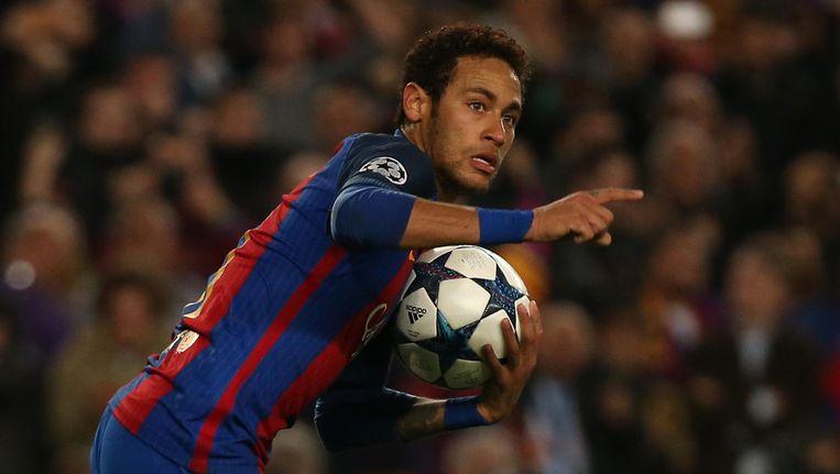 Neymar viert zijn aansluitingstreffer. Beeld null