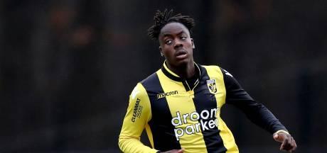 Razendsnelle tegengoal leidt valse start in voor Jong Vitesse