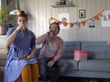Feestje in coronatijd: klinkerrap en kazoo bij jubileum De Klinker