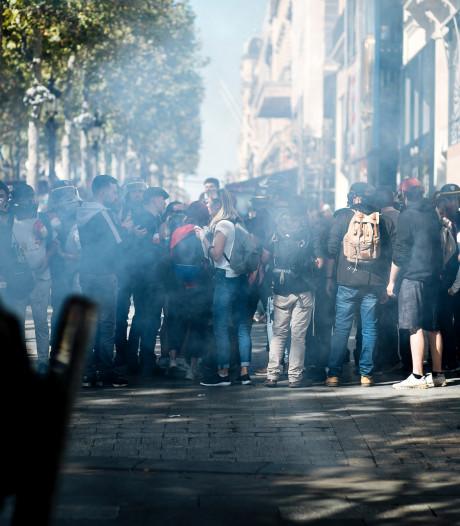 Grimmige sfeer in Parijs bij betogingen
