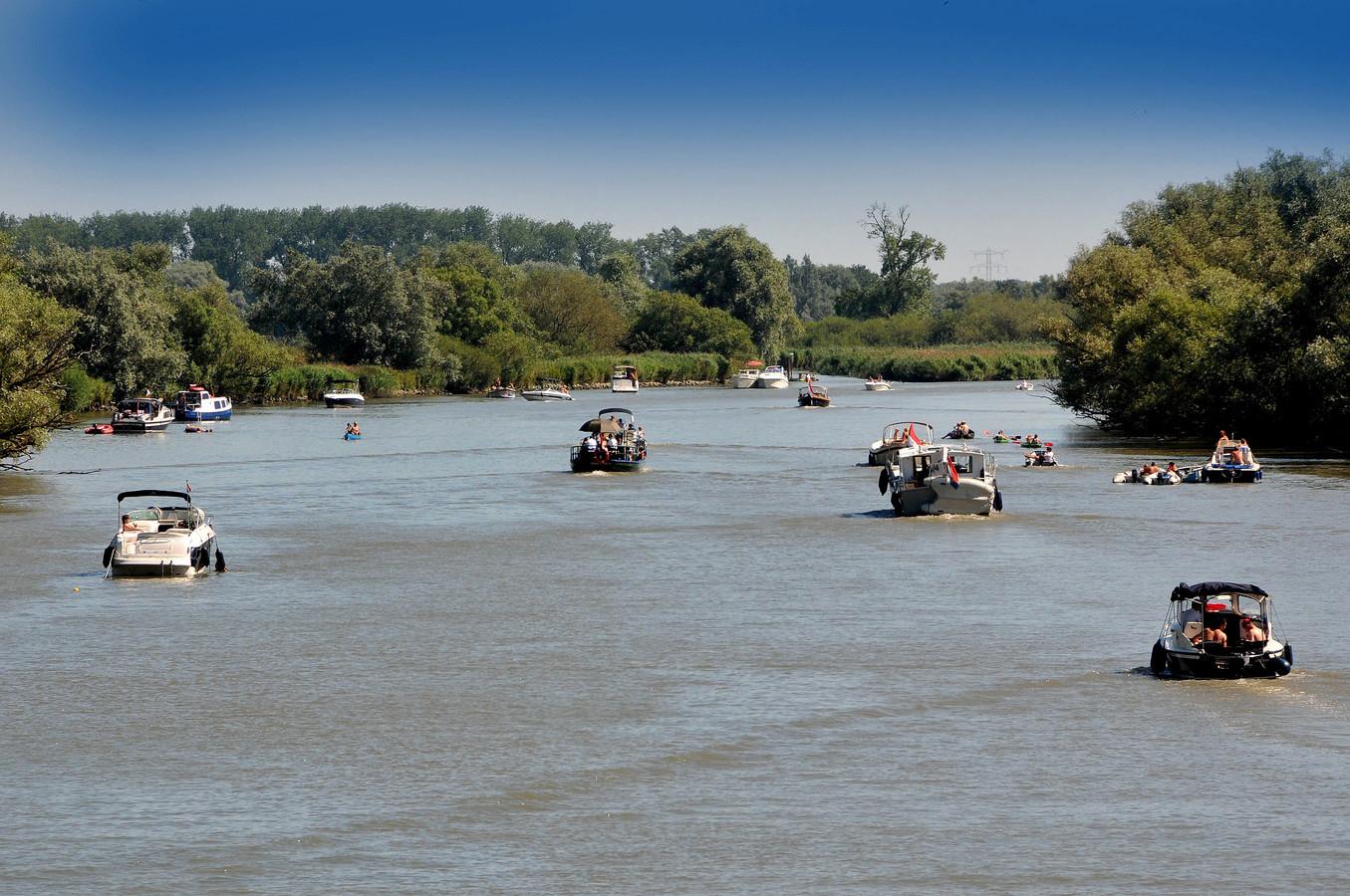Archieffoto varen in de Biesbosch