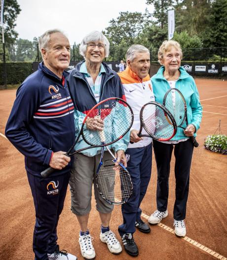 OldStars tennis in Oldenzaal: aan Nel en Elly is het niet besteed