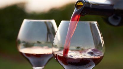Kwart van de Vlamingen eet ongezond en drinkt meer alcohol in deze coronatijden, goed 40 procent leeft net gezonder