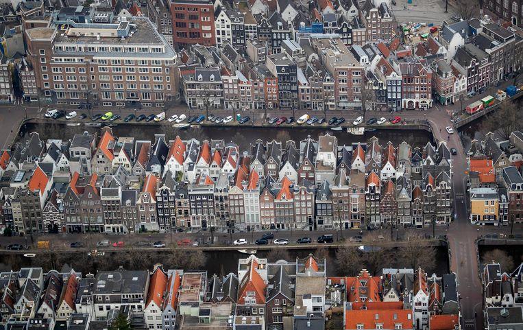 Ondanks de coronacrisis krijgt de gemeente Amsterdam 'geen signalen dat veel internationals vertrekken'. Beeld ANP