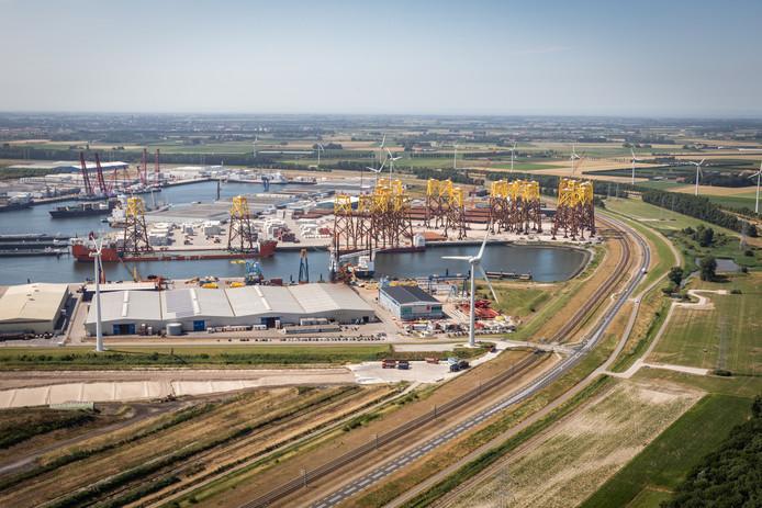De haven van North Sea Port in Vlissingen-Oost/Nieuwdorp.