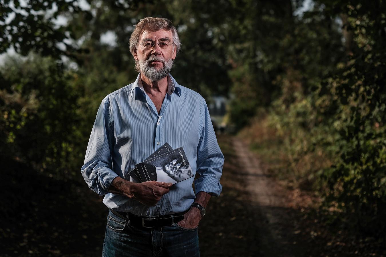 Peter Rutgers, hier op een van de zandwegen in Mallem.
