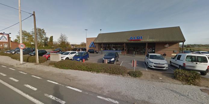 Supermarché Aldi, à Tertre